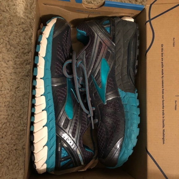 26678aeee20 Brooks Shoes - Women s Brooks Tennis Shoes - Ariel 16